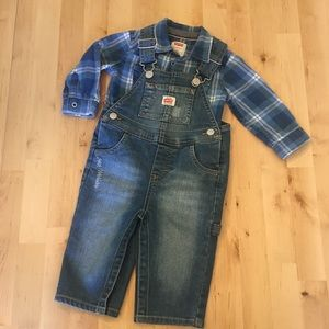 Like new! Levi's flannel shirt and denim overalls